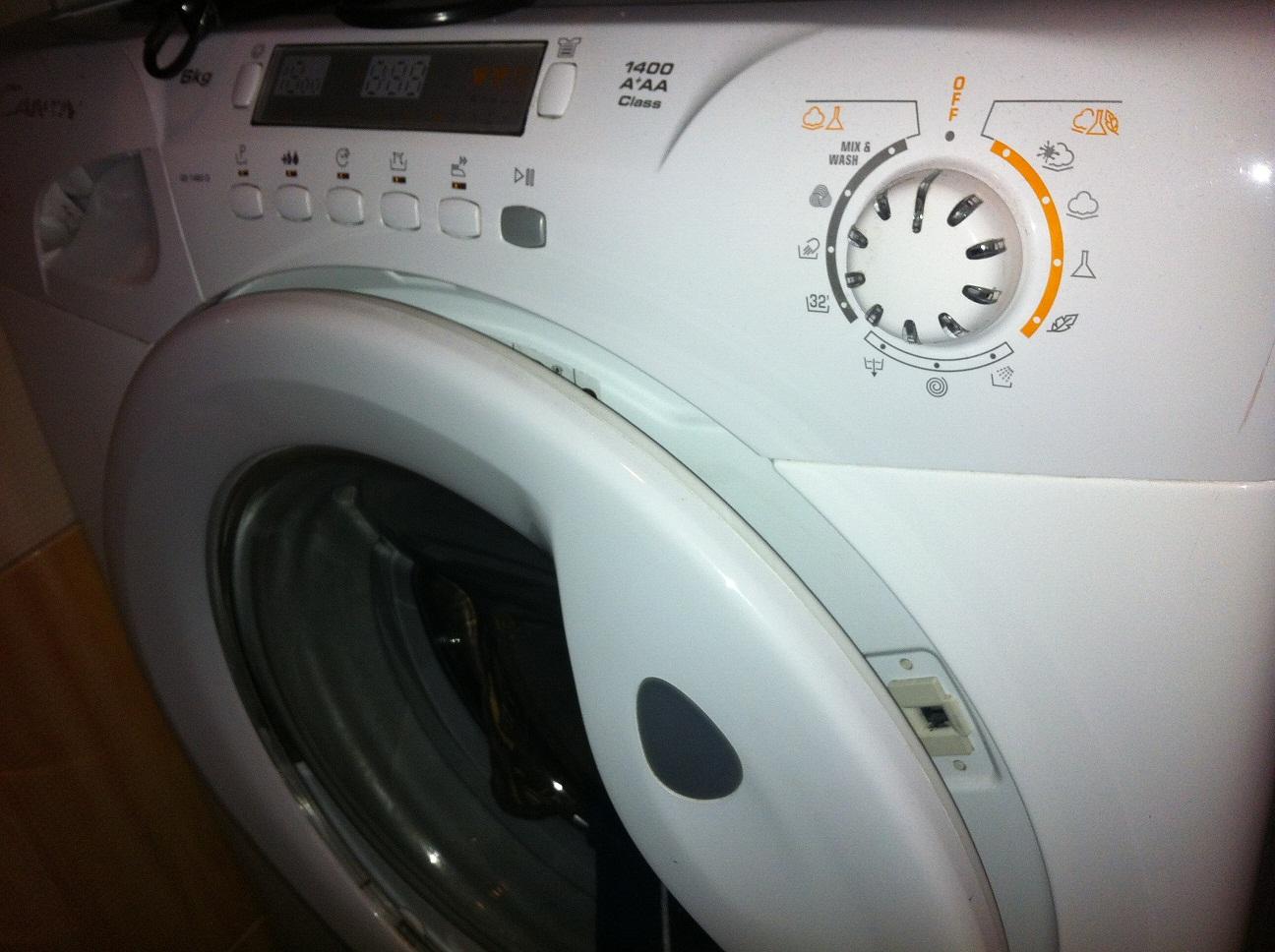 pračka nevypouští